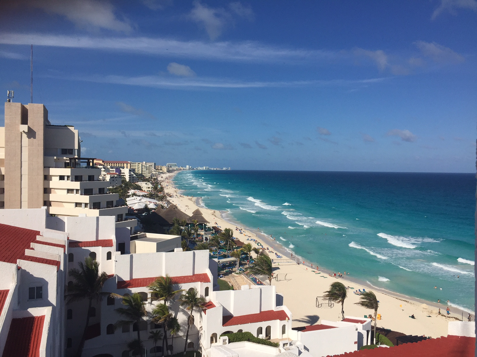 A photo of the beach along the Hotel Zone in Cancun, Mexico